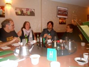 Les inconnus du resto qui ont du se dire que les français ont bon appétit!