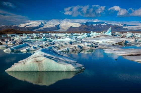 C'est ce qu'on va par exemple voir en Islande. Mon partenaire de voyage ne le sait pas encore, mais on va y aller.